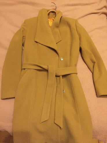 Palto,hec bir problemi yoxdur yeni kimidir.Az geyinilib