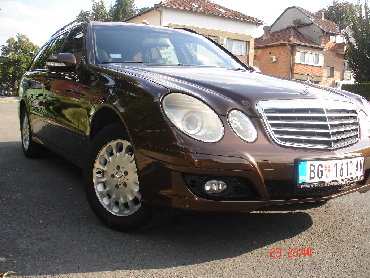 Mercedes-Benz 200-Series 2009 | 290000 km