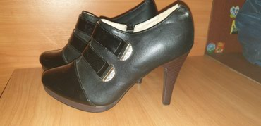 Высокие туфли. Почти новые. Размер 40. в Бишкек