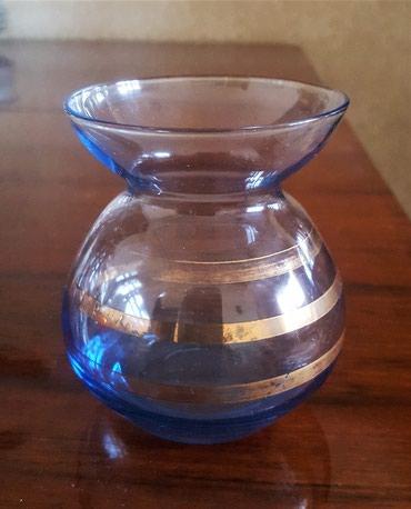 Продаю вазочку стеклянную , высота 9 см. Цена 150 см. в Бишкек