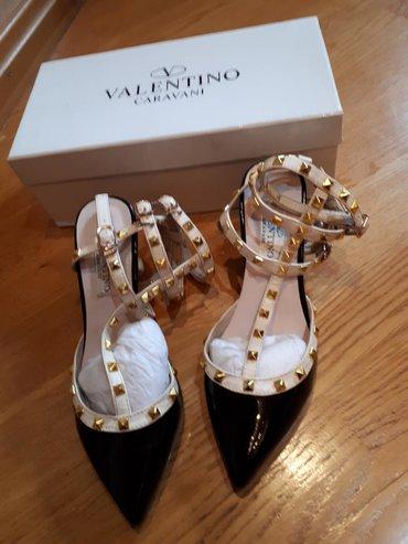 """Шик.туфли """"Valentino"""" 37 размер на ноге очень красиво смотрится"""