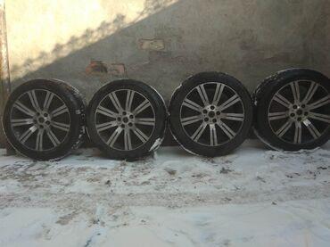 диски на бмв х5 в Кыргызстан: Диски на зимней резине. Стояли на BMW Х5. Разболтовка 5*120.Подходят