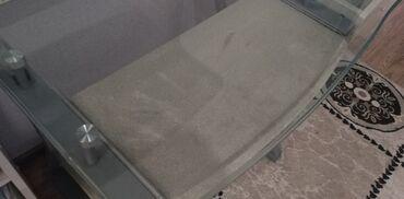 26 объявлений: Продаю компьютерный стол стеклянный на железных ножках, самовывоз