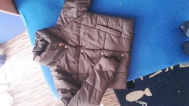 Zimska ženska jakna,kratka ,prati liniju tela, nova,velicina m. Ili s. - Smederevska Palanka