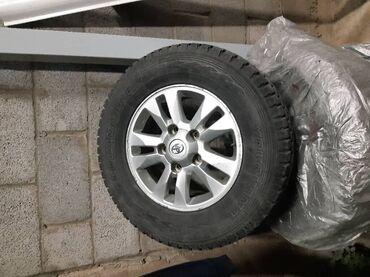 Прокатка дисков бишкек - Кыргызстан: Продаю зимний комплект (шины +диски) Yokohama 275/65/17, 2019 года