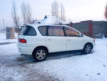 Toyota Ipsum 2 л. 2000