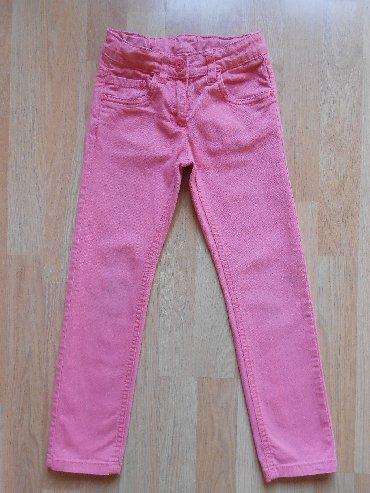 Dečije Farmerke i Pantalone | Becej: C&A pantalone 5/6 godina (122cm) Besprekorno očuvane, bez oštećenj