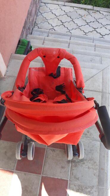Dečija kisobran kolica sa položajima,i tendom koja se rotira po