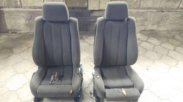 Продаю передние сидения рекаро на БМВ в Бишкек