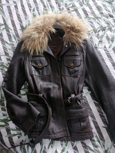 Jakna kožna sa krznom - Srbija: Kožna jakna sa prirodnim krznom, krzno se skida,strukirana, nosena ali