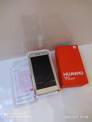 Huawei Y 5 2017 telefon ideal vəziyyətdədi 2 ram 16 gb yaddaş kamera 8