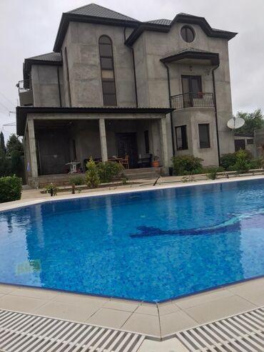 447 kv. m 4 otaqlı, Kombi, Hovuz