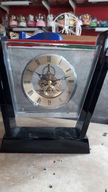 - Azərbaycan: Stolüstü dekorativ saat