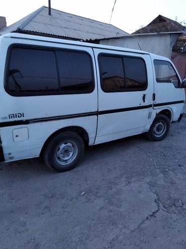Isuzu в Кыргызстан: Isuzu 2 л. 1994