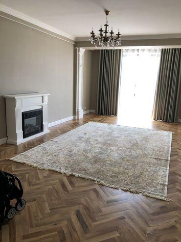 продажа-1-комнатная в Кыргызстан: Продается квартира: 3 комнаты, 135 кв. м