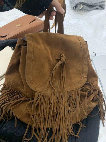 Продаю рюкзак, в хорошем состоянии. Очень стильный. По вопросам в лс