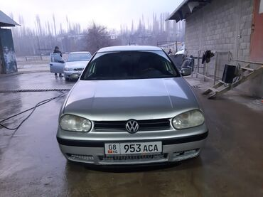 Volkswagen Golf 1.6 л. 2002 | 305000 км