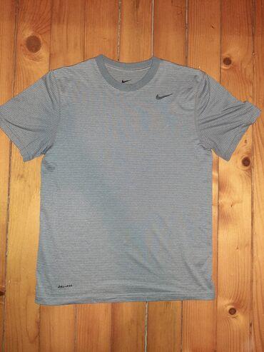 Polo majice - Srbija: NIKE DRI-FIT majica  Potpuno ocuvana  Kupljena originalna u Cikagu pre