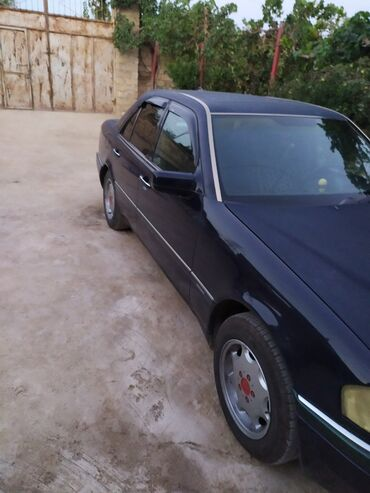 brilliance m2 1 8 at - Azərbaycan: Mercedes-Benz C 180 1.8 l. 1994   3500000 km