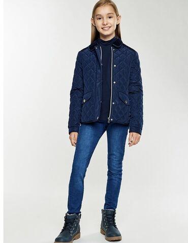 Куртка для девочек на 9-10 лет . Весна -осень