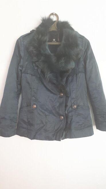 Куртка корейская. Утеплитель снимается. В хорошем состоянии Размер s