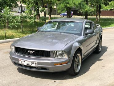 Ford Mustang 4 л. 2005