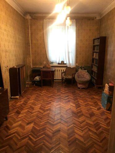 Продажа квартир - Жженый кирпич - Бишкек: Сталинка, 3 комнаты, 73 кв. м Парковка, Не затапливалась, Не сдавалась квартирантам
