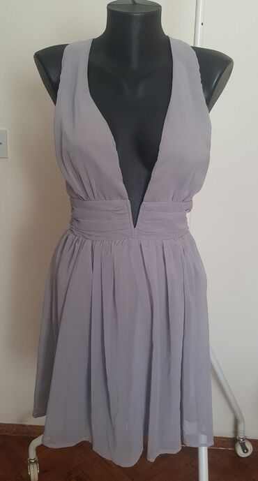 True decadence haljinica, nova ( nikada nije nošena ). Boja uzivo je