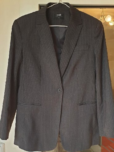 sumku oodji в Кыргызстан: Продаю пиджак OODJI размер 44Посторонних запахов нет, подмышки не