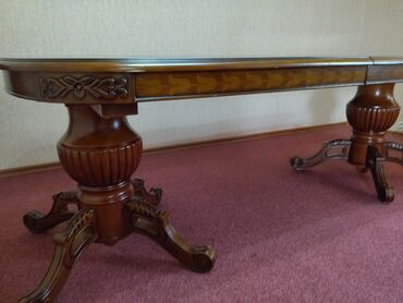 бу мебель in Кыргызстан | ДИВАНЫ: Срочно продается раздвижной стол 4 м. Состояние отличное привозили