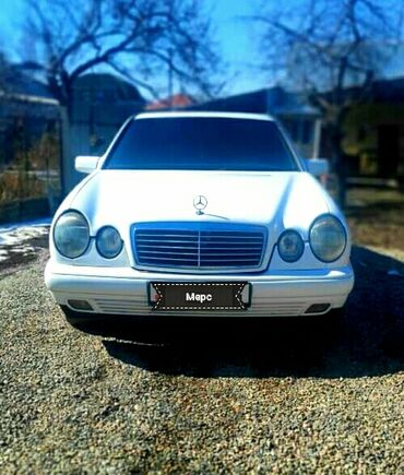 Mercedes-Benz 230 2.3 л. 1996 | 300 км