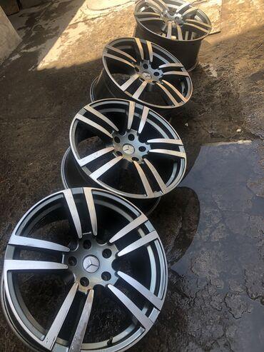 renault r20 в Кыргызстан: Продаю Б\у колёсные диски Porsche Cayenne TURBO, R20! Подойдут и для