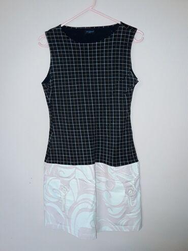Custo Barcelona haljinaNeobicna haljina kao inace i svi njihovi
