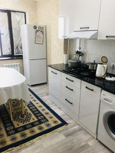 ���� ������������ �������������� в Кыргызстан: Элитка, 3 комнаты, 66 кв. м Лифт, Евроремонт, Парковка