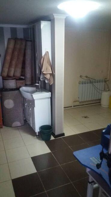 Продам - Наличие мебели: Да - Бишкек: Продам Дом 100 кв. м, 4 комнаты