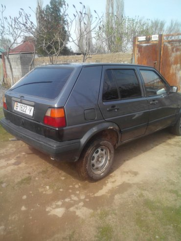 Volkswagen Golf 1990 в Кара-Балта