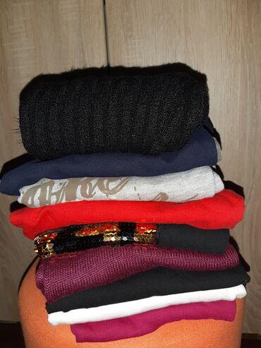 Majica goa - Srbija: Paket zenskih majica i dukserica na duge rukave.Cena jedne:200