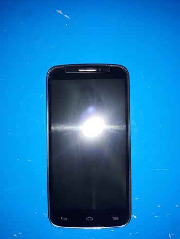 Mobilni telefoni - Uzice: Alcatel c7-7041 dual sim u dobrom stanju,tempered glasi silikon uz