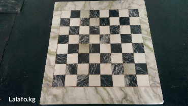 продаю мраморную шахматную плиту в Лебединовка