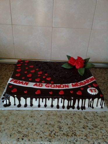Bakı şəhərində Qlazur shokoladli tort