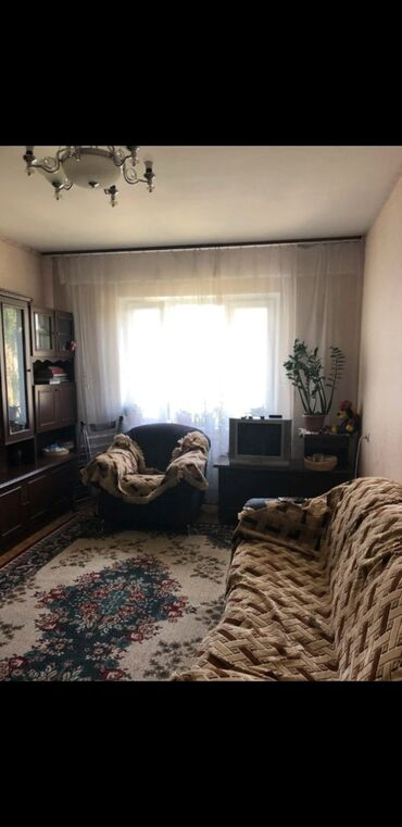 продается квартира в бишкеке в Кыргызстан: 105 серия, 2 комнаты, 47 кв. м С мебелью, Раздельный санузел, Неугловая квартира