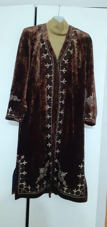 женское платье 52 в Кыргызстан: Продаётся женский чапан . Новый. Размер 50-52