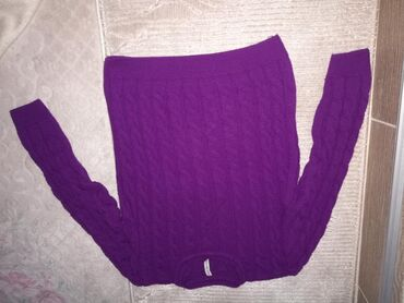Ženska odeća | Novi Pazar: Komplet nosen par puta jer mi je veliki, velicina je standardna ali