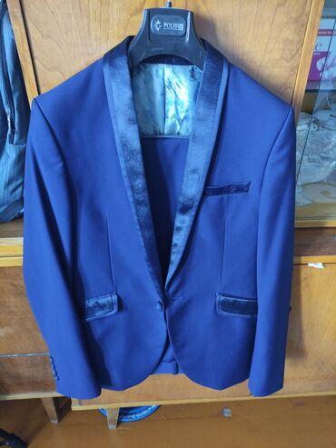 Продаю пиджак Штаны и костюм размер S на рост 170