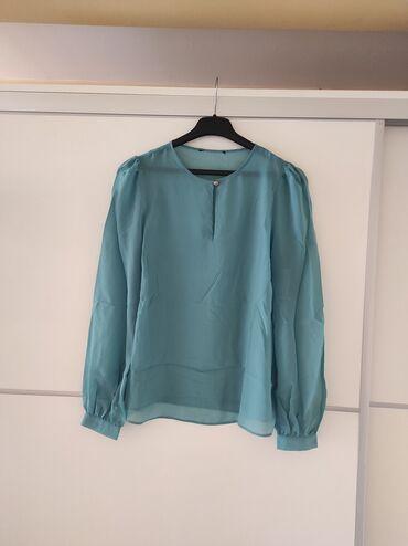 Bluza poluobim grudi 52, ramena 36, duzina 64