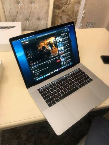 hazır biznes satılır 2020 - Azərbaycan: 45 gun islenib Macbook pro touchbar Core i7 /16 gb ram /512 gb ssd