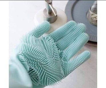 Kuća i bašta - Kursumlija: Efikasno peru sudove – Posebno izrađena četka na rukavicama će učiniti
