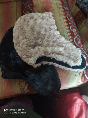 павлопосадские платки бишкек in Кыргызстан   ГОЛОВНЫЕ УБОРЫ: Продаю женские шапки,актуальная шапка -капюшон,удобная в носке,модель