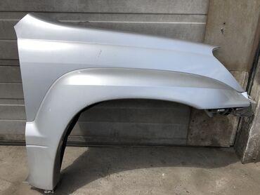 запчасти на тойота рав 4 бу в Кыргызстан: Крыло оригинал Бу. В сборе  Оригинальный новый бампер GX470 Так же ест