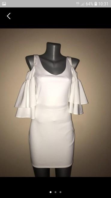 Prelepa bela haljina,izuzetna,vel M - Pancevo